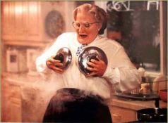 Mrs-Doubtfire-mrs-doubtfire-23121449-450-332
