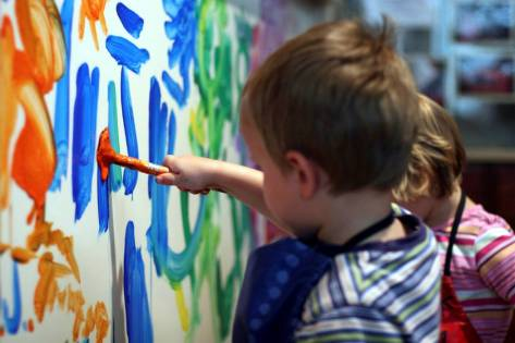 boy-painting_1