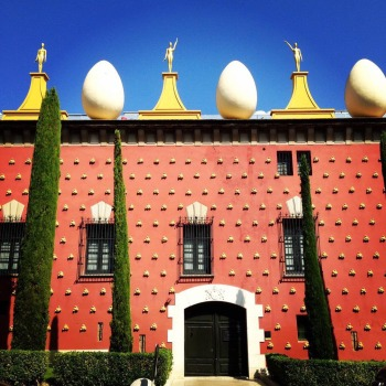 Break eggs before new neighbors hatch