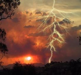 lightning_starting_fire
