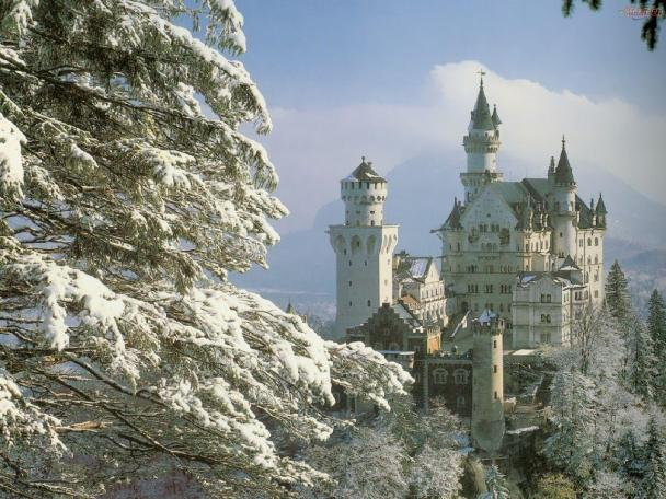 house-summer-hot-meanwhile-inside-my-head-castle-neuschwanstein