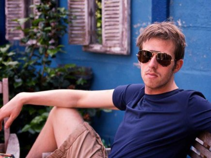 millennial-cool-young-guy-sunglasses-10