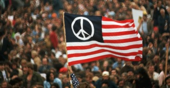 Demonstrations and protests against the Vietnam War (9).jpeg