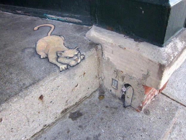graffiti cat mouse
