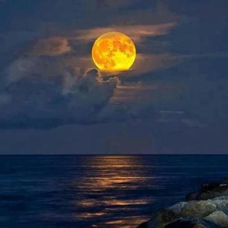 God's art - Moonrise over Dead Sea