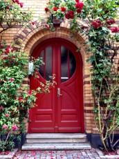 Foap-Red_door_with_re-768x1024