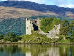 Family heritage: McLaughlin (MacLachlan) Castle