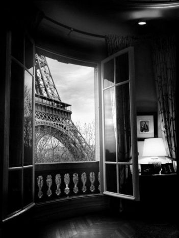 Room with a View, Paris