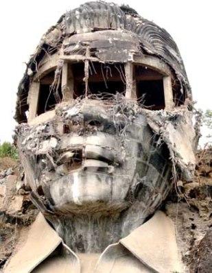 Ferdinand Marcos stature, Mt. Pugo, Philippines