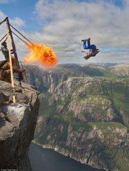 Base jumper in Norway