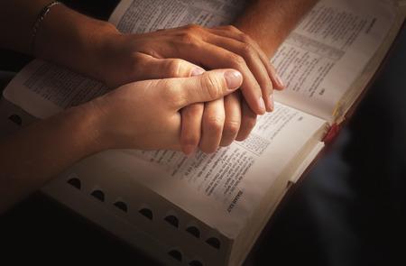 bible-hands1