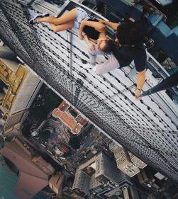 Extreme Selfie-taking