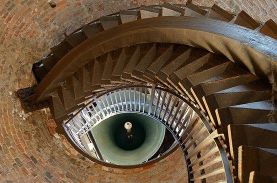 """Here's looking at you"" (Lamberti Tower, Verona, Italy)"