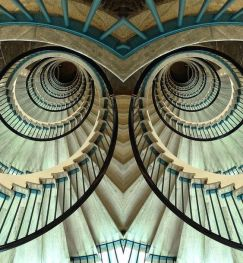 Owl-eyes stairs (Netherlands Ministry of Economic Affairs)
