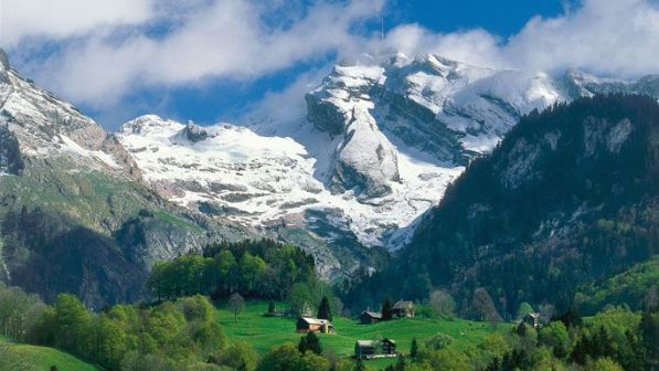 ab69cc5c9b28109f06c143f94b20c8a4--alps-switzerland-travel-ideas