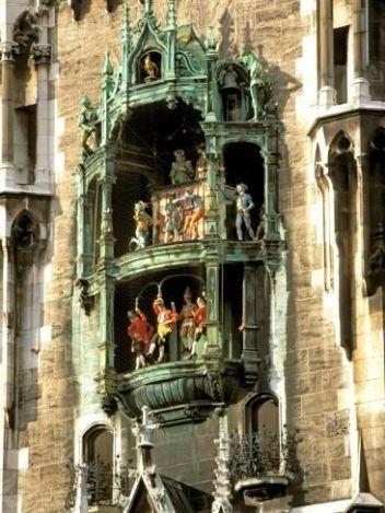 Glockenspiel, Marienplatz, Munich