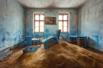 Sand-filled room (Stefan Baumann)