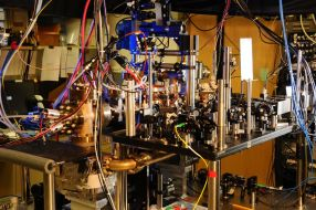 Ytterbium Atomic Clock, Boulder (world's most accurate clock)
