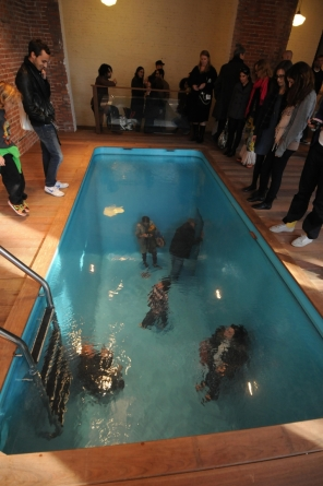 Swimming Pool by Leandro Erlich, Argentina (two-level dispay - those are real people above and below the water