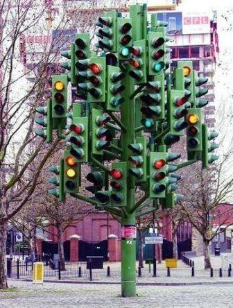 Traffic Light Tree by Pierre Vivant (London)