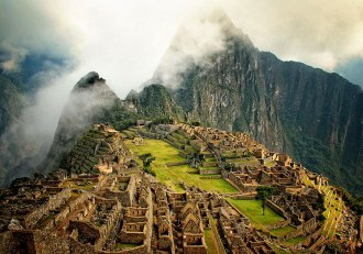 Machu Picchu, Peru (Gotta visit once in your lifetime, right?)