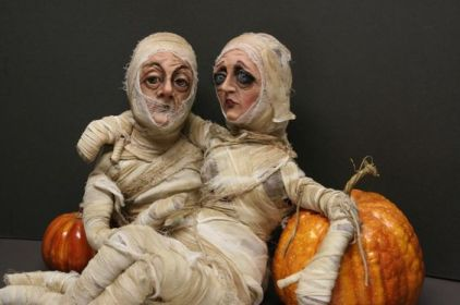 Mack and Mildred mummy dolls by Dustin Poché