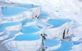 Pamukkale (Cotton Castle) hot springs, Turkey