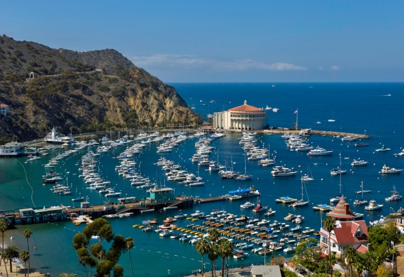 Santa-Catalina-Island-became-famous-because-of-a-1958-song-about-the-island-of-romance