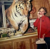 Tippi Hedren on set of the movie Roar in 1981, considered the most dangerous movie ever made (70 cast and crew members were injured)