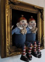 Tweedle Dee and Tweedle Dum - paperclay dolls (Etsy)