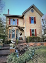 Home for the holidays, Glendale, Ohio