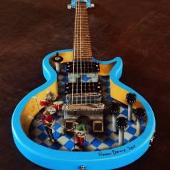 Inside the guitar - by Ramon Bruin (ramon-bruin.com)