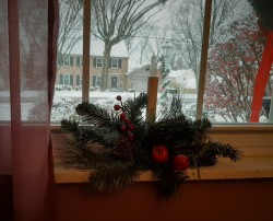 Window candle (every window has one)