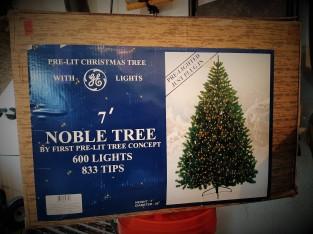 RIP Old Christmas Tree1