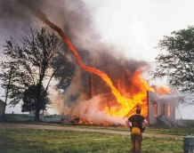 'Firenado,' a terrifying natural phenomenon -photo credit, imgur (boredpanda.com)