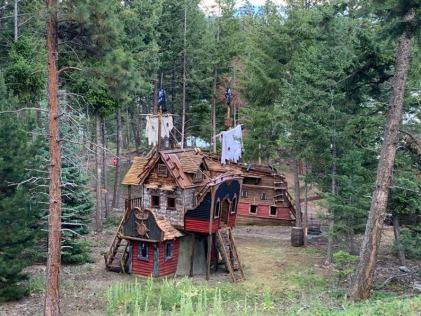 Shipwreck Treehouse (etsy.com)