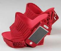 Smartphone Shoes - Oh, so practical (theawesomedaily.com)