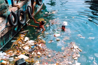 4 Swimming in Polluted Water (blogspot.com)