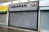 Guitar Store (creativeguerrillamarketing.com)