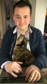 Smitten Kitten - Faebertooth (boredpanda.com)