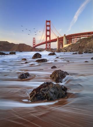 Baker Beach, San Francisco - photo by Elie Khoury (unsplash.com)