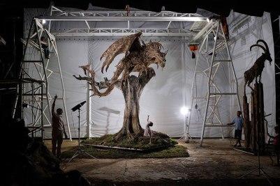Driftwood Dragon 2 by James Doran-Webb (demilked.com)
