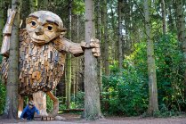 'Forgotten Giant' made from recycled lumber by Thomas Dambo (designboom.com)