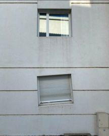 Same construction crew - architecture shaming (boredpanda.com)