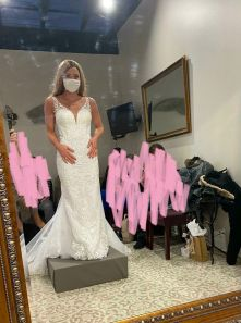 'A Week After I Got Engaged, I Found Out I Had Cancer. A Month Ago I Was Able To Try On Wedding Dresses For The First Time, The Day I Wasn't Sure Would Ever Come For Me' -kenmarie93(boredpanda.com)