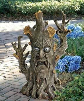 Ent Tree garden statue (designtoscano.com)