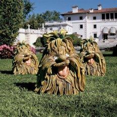 Hobgoblin garden statues (designtoscano.com)