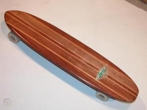 Vintage Hobie 'SuperSurfer' skateboard (worthpoint.com)